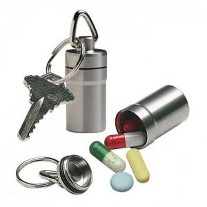 pastillero-llavero-de-metal-01-700x700