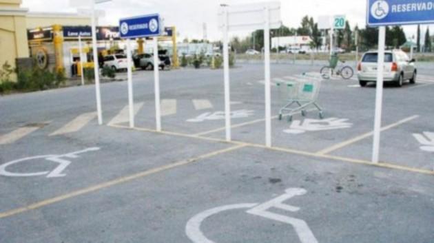 Espacios reservados para estacionamiento