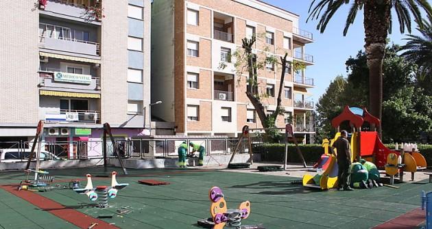 Mérida se compromete a instalar columpios accesibles