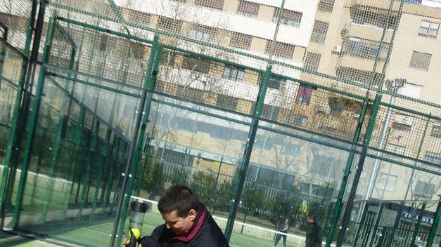 Centro López Barneo, pistas de pádel