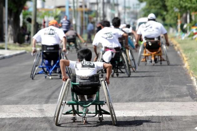 Carrera solidaria en favor de la discapacidad