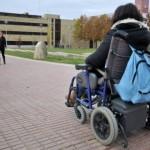 Estudiantes universitarios con discapacidad