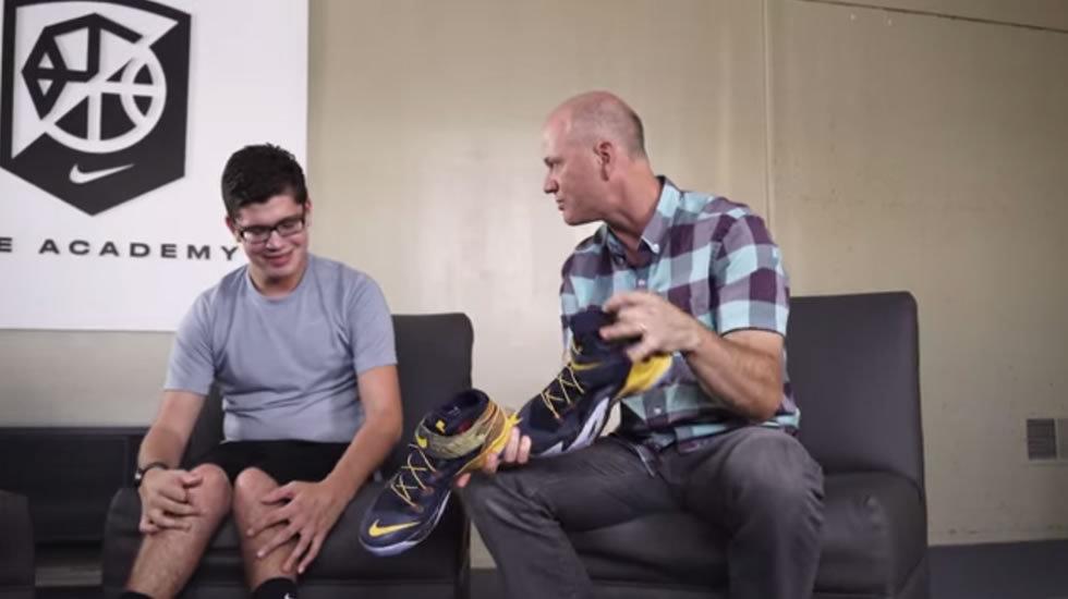 Zapatilla adaptada de Nike