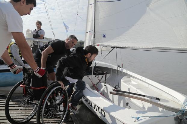 Primera terapia en el mar en velero para personas discapacitadas